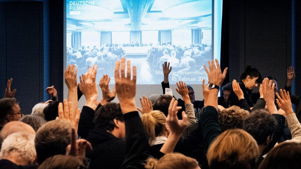 Bei der Abstimmung / © Florian Liedel · Deutsche Filmakademie