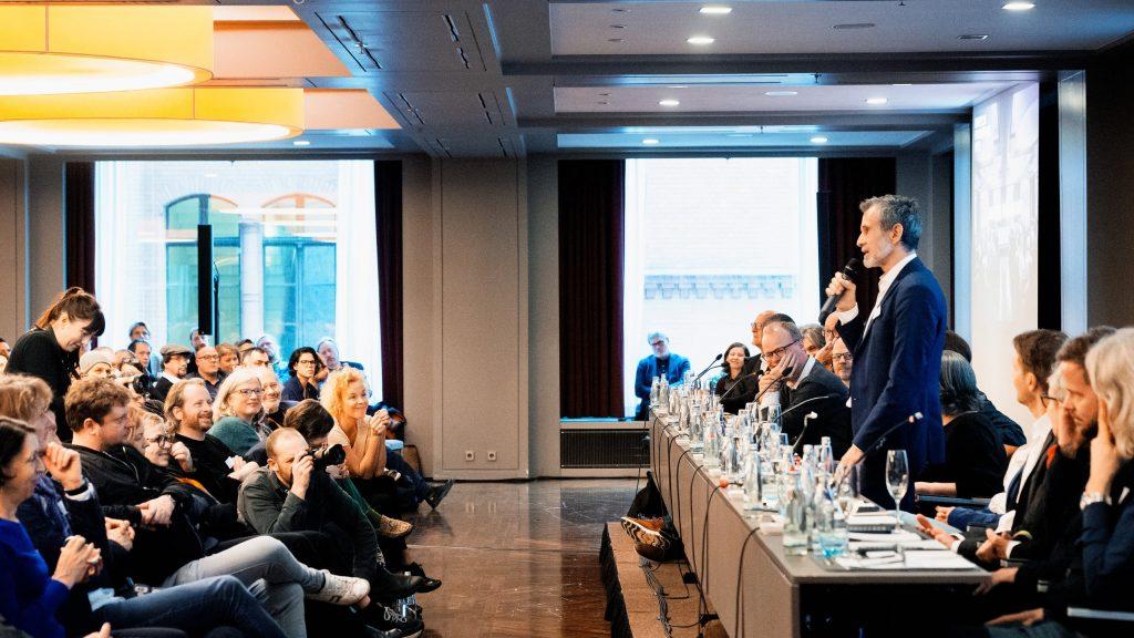 Ulrich Matthes kandidiert für das Präsidentenamt / © Florian Liedel · Deutsche Filmakademie