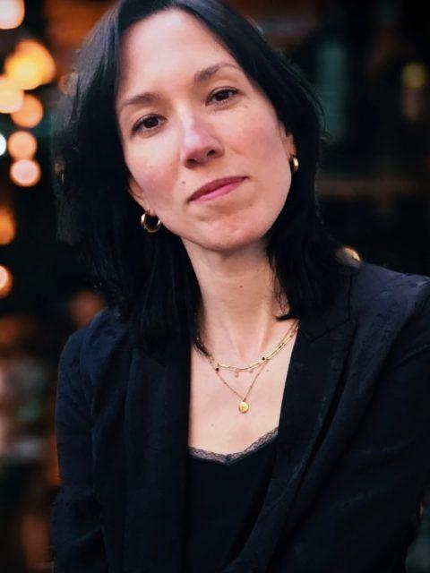 Profilbild von Nora Bates